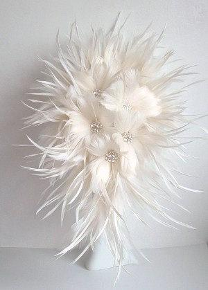 Свадьба - Feather Brides Bouquet in off white
