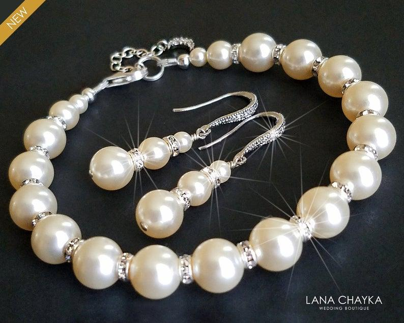 Hochzeit - Pearl Bridal Jewelry Set, Swarovski Ivory Pearl Earrings&Bracelet Set, Wedding Pearl Jewelry Set, Bridal Jewelry, Pearl Silver Jewelry Set