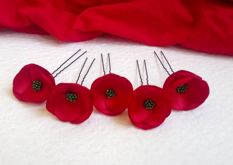 Свадьба - Red Bridal flowers hair roses red Bridеsmaids hair pins Bridal red roses pins Flower girl hair pins Bridal flowers red sew on flowers silk