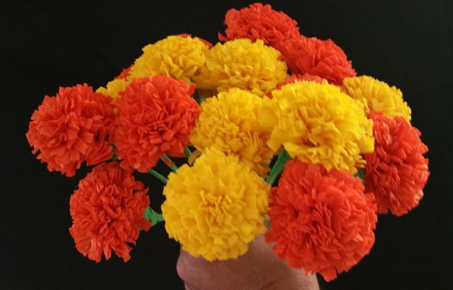 Hochzeit - Day of the Dead 12  Orange and Yellow Marigolds, Dia de Los Muertos, Mexican Flowers, Crepe Paper Flowers, Wedding Decorations, Party Decor