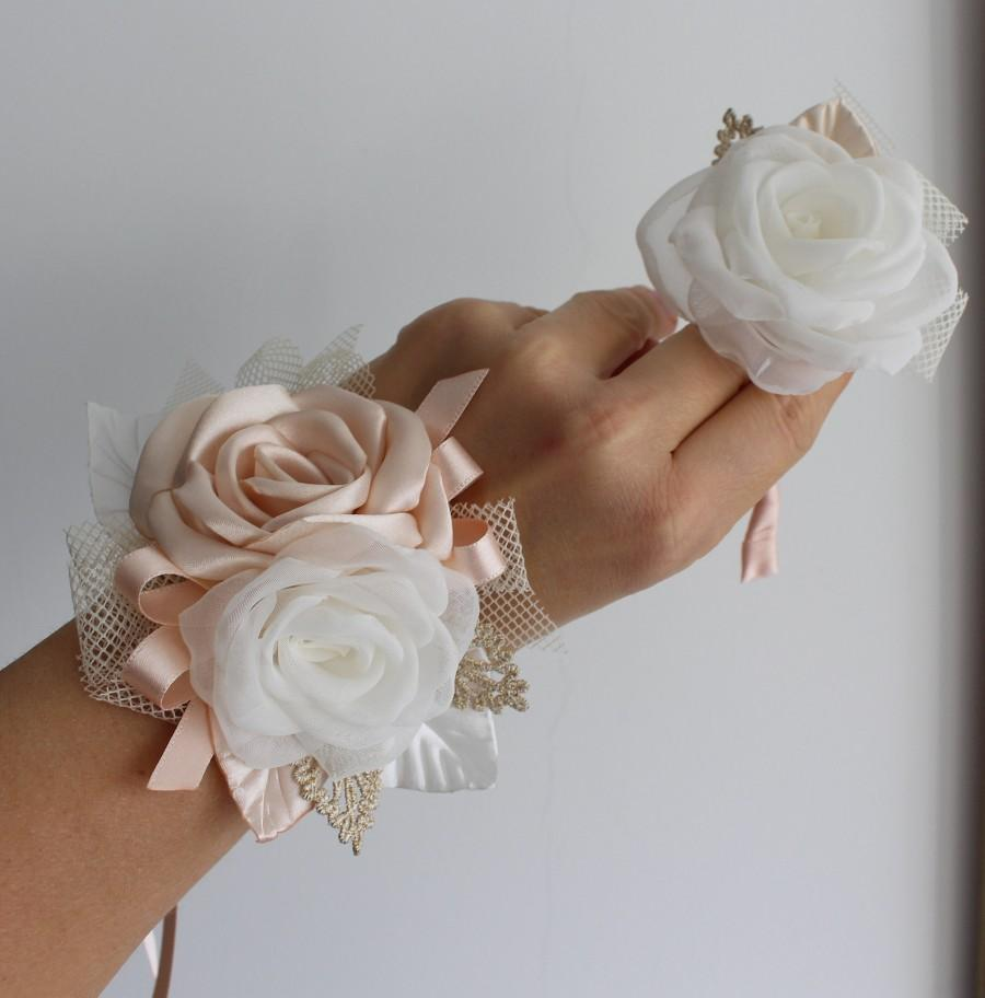Hochzeit - Peach cream Wrist Corsage Boutonnière Set Wedding Corsage boutonniere Bridesmaid Corsage Bracelet Grad Prom Homecoming Flower Alternatives