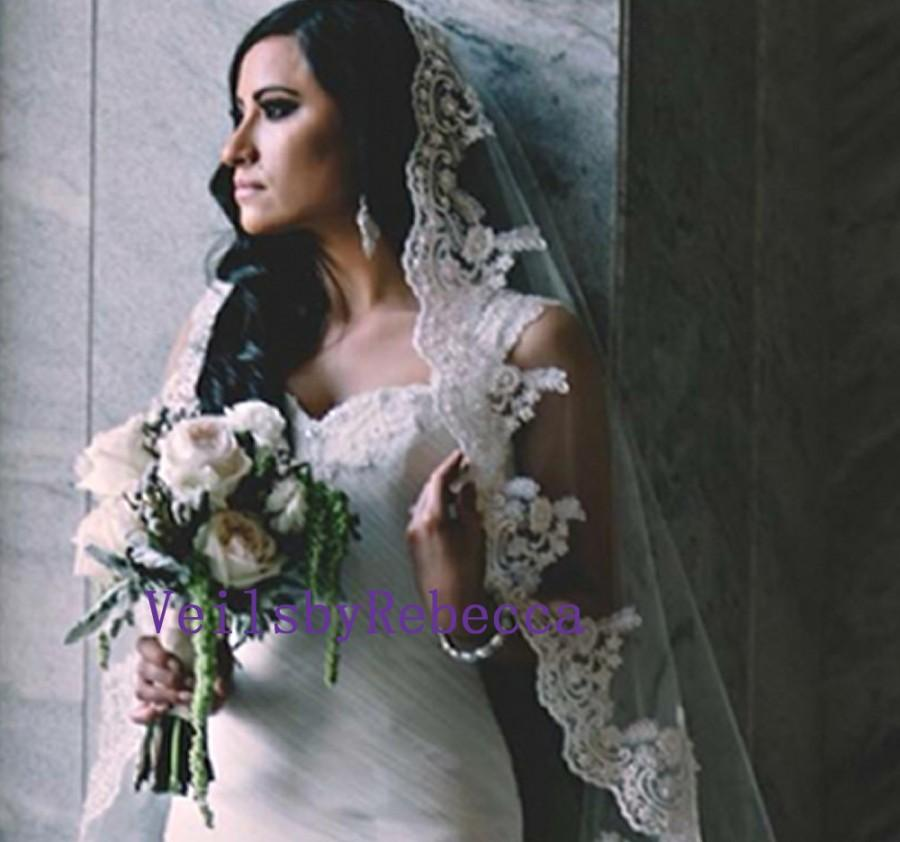 Свадьба - 1 tier cathedral Mantilla Lace Veil,Lace 1st Communion Mantilla Veil in Cathedral, Catholic Lace Mantilla Wedding Veil Bridal Veil V657