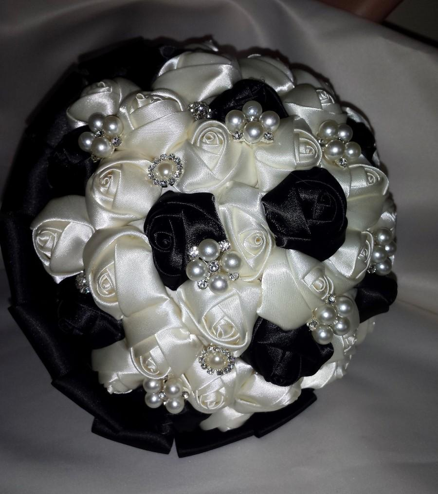 Hochzeit - Wedding Bridal Brooch Bouquet Ivory Black satin roses. Diamante crystal rhinestone and pearl brooches. Brides or bridesmaids bouquet