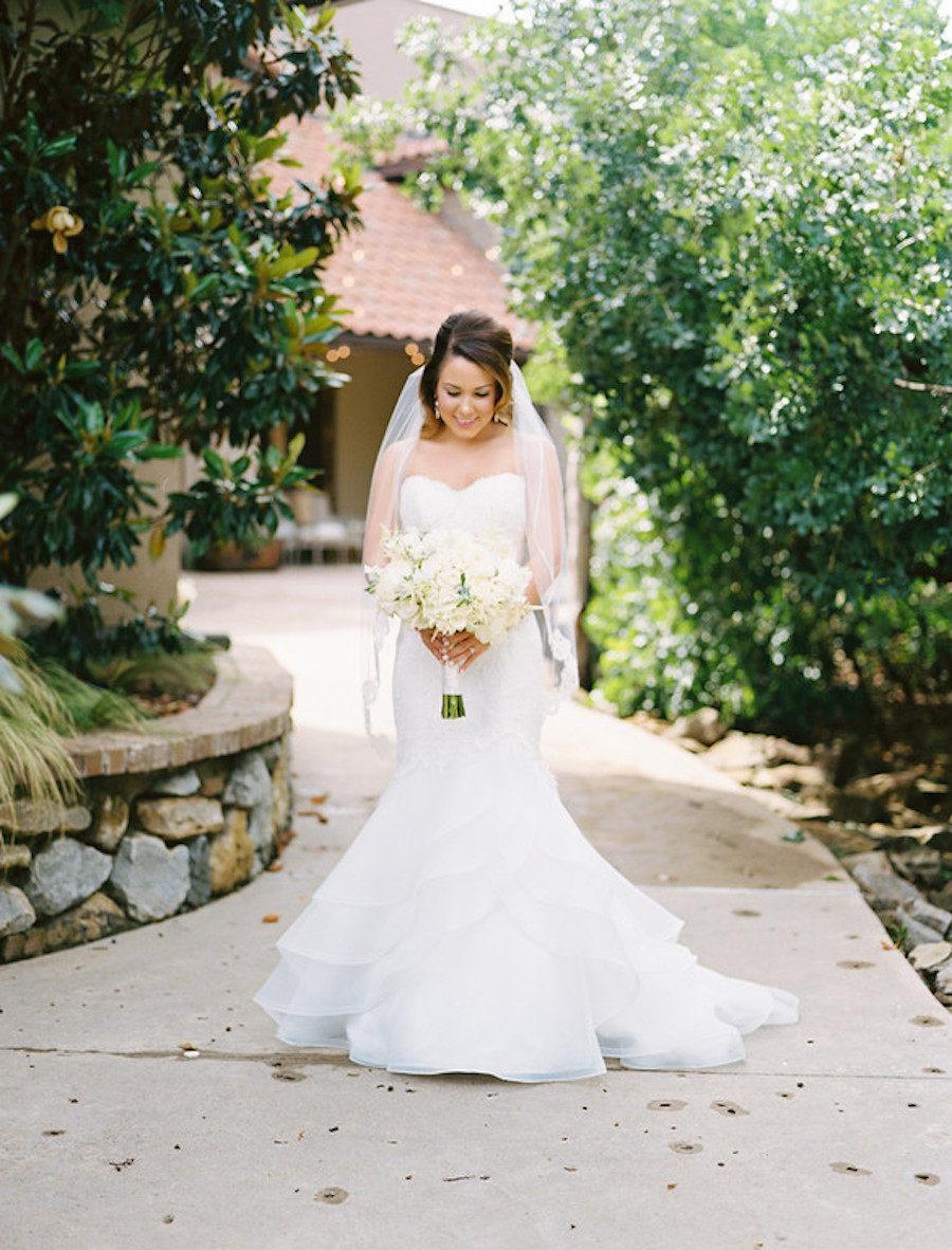 Свадьба - Lace Bridal Veil Wedding ,Lace Wedding Veil,  white ivory soft veil bridal Veil Fingertip Elbow Cathedral Chapel Waltz length bridal veil