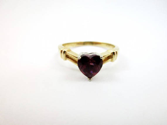 Hochzeit - Garnet Heart Ring Vintage Garnet Ring 14k Gold Ring Engagement Ring Mother's Day gift for Her Vintage Jewelry