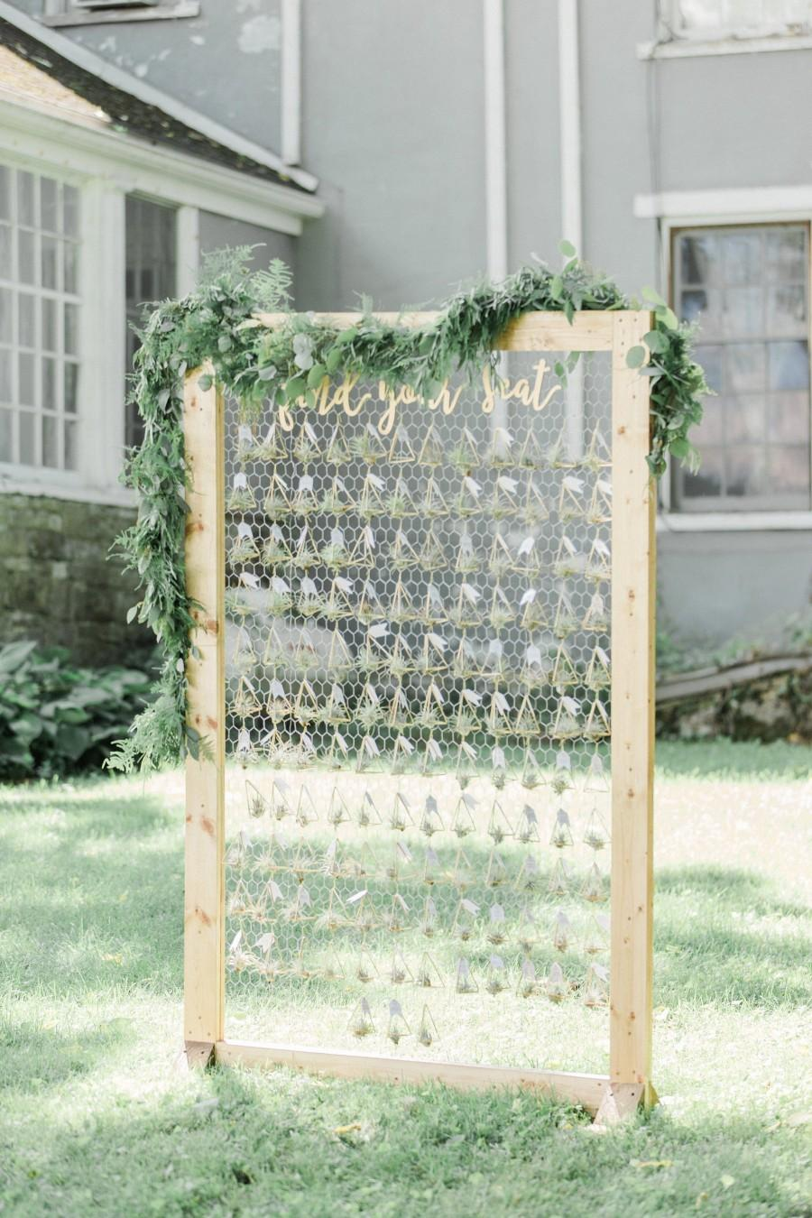 زفاف - Find Your Seat Escort Card Sign Letters Wooden Cutout Words for Escort Place Cards Display Sign Wedding Reception Decoration (Item - FYS200)