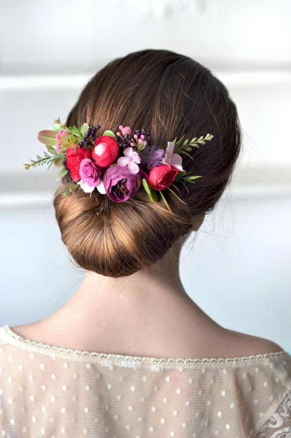 Mariage - Pink purple floral comb wedding flower comb Bridal hair piece Spring wedding Hair bride comb Boho wedding outdoor hair style