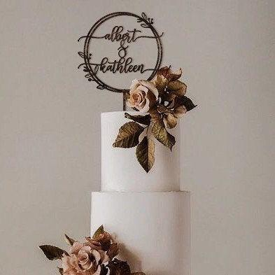 زفاف - Personalized Wedding Cake Topper Mr and Mrs / Boho Floral Cake Topper / Cake Topper Wood Gold Silver Rose Gold / Rustic wedding Cake Topper