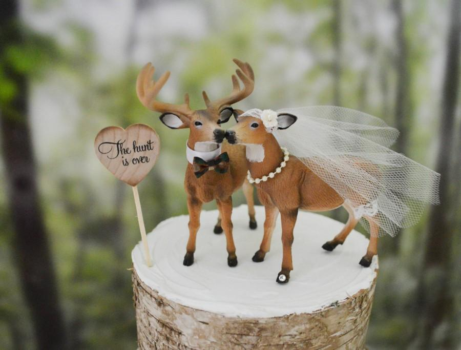 زفاف - Buck and doe wedding cake topper bride and groom hunting couple antler hunting themed groom's cake camouflage deer wedding