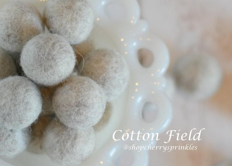 Wedding - COTTON FIELD -1cm - 2cm 100% Wool Felt Balls -Felt Pom Pom *Wedding decor -Diy Pom Pom Garland - Diy Felt Ball Garland * Wool Balls *Wreath