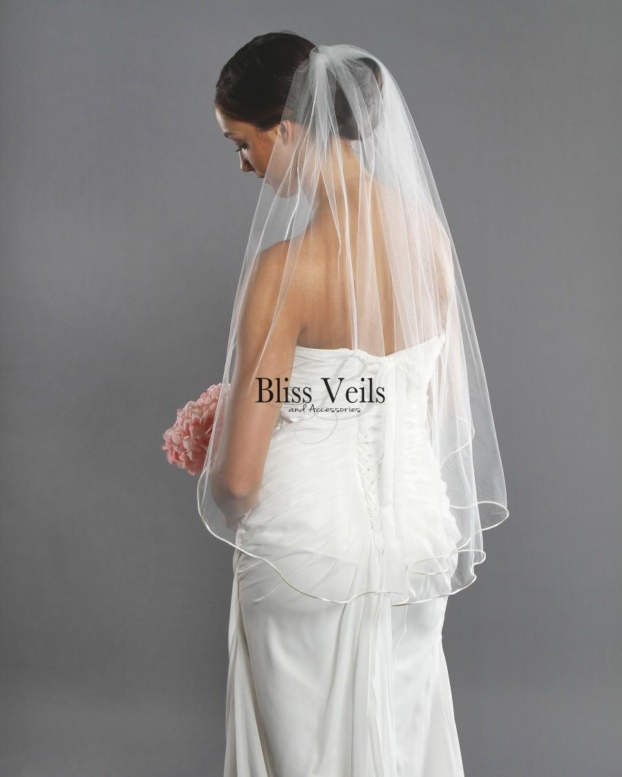 Mariage - Fingertip Length Bridal Veil - Soft Wedding Veil - Available in 9 Lengths &Colors - Fast Shipping!