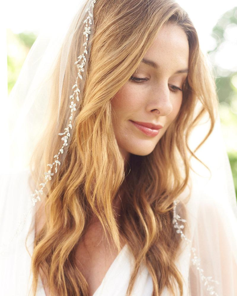 Mariage - Floral Wedding Veil, Swarovski Crystal Bridal Veil, Ivory Veil, Tulle Veil, Fingertip Veil, Crystal Edge Veil,Bridal Hair Accessory ~VB-5071
