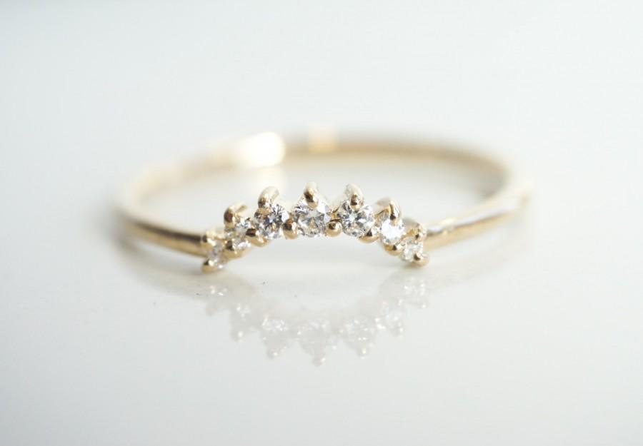 Hochzeit - Sophie Crown No.2 - 14k, 18k Gold Diamond Contour Band