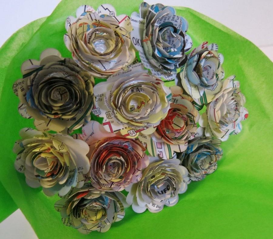 "Mariage - scalloped Old Gas station road map Roses on stems, 1.5"" Paper flowers bouquet, one dozen, bridal shower decoration party decor one dz 12"