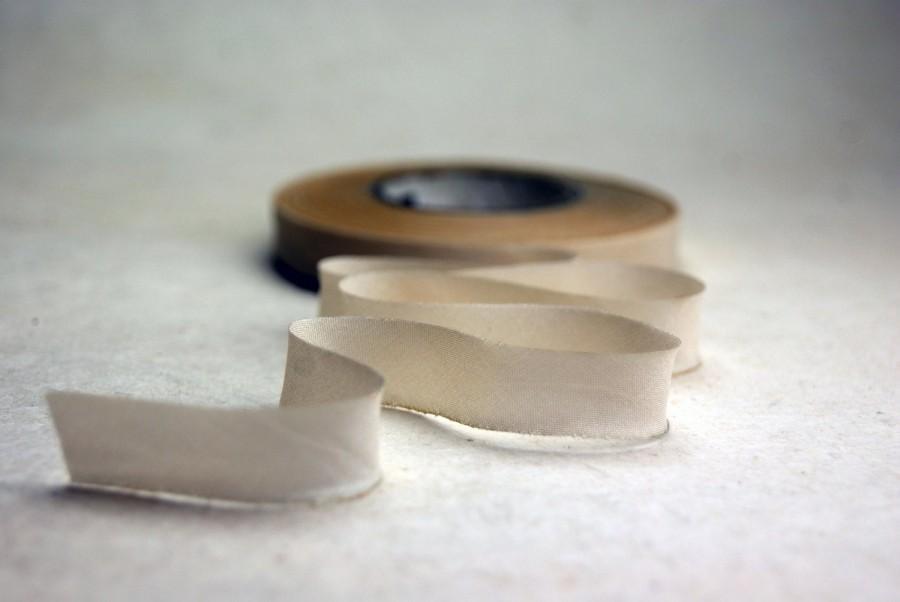 Wedding - Hand Dyed Silk Ribbon 15mm 5/8 inch Blend 500 3 yard Bias Cut Bridal Wedding Cream
