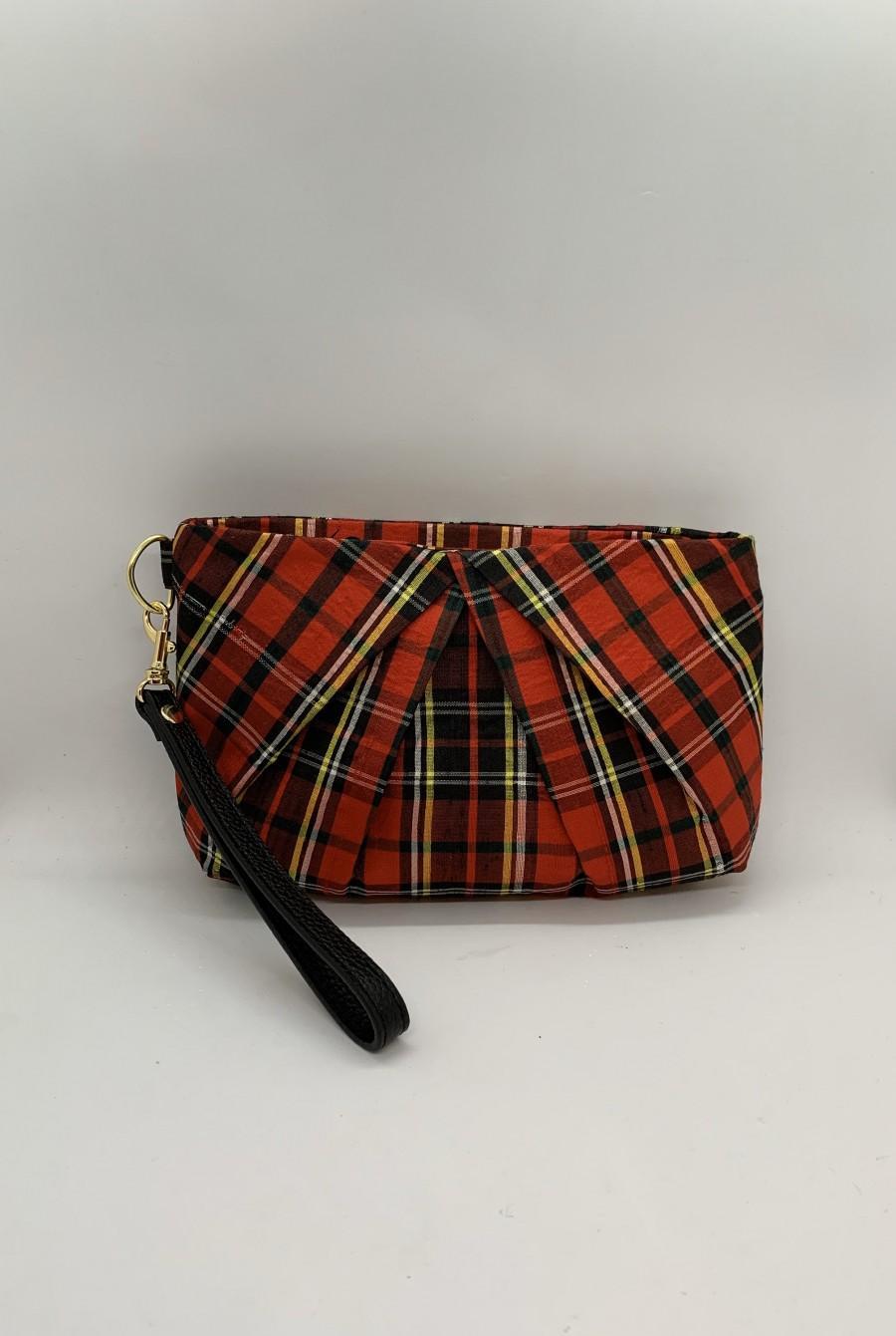 Свадьба - Red tartan plaid wristlet clutch/ Red pleated clutch purse/ plaid clutch purse/ Holiday gift/Plaid wedding /Bridesmaids gift / Christmas