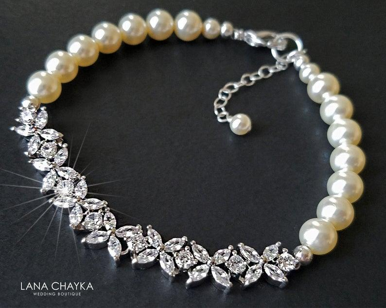 Hochzeit - Pearl Cubic Zirconia Wedding Bracelet, Swarovski Ivory Pearl Crystal Bracelet, Dainty Pearl Bracelet, Bridal Pearl Jewelry, Wedding Jewelry