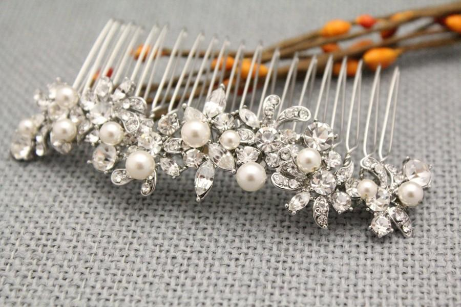 Mariage - Vintage inspired Wedding hair comb Pearl hair piece Bohemian Bridal hair comb Boho hair vine Bridesmaid hair comb Bridal hair jewelry Bridal