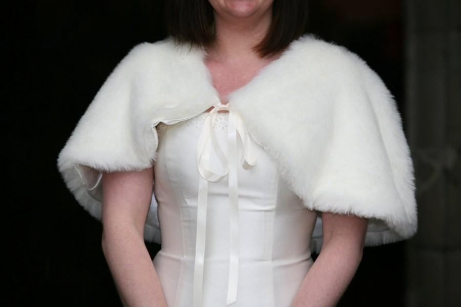 Mariage - Fur cape
