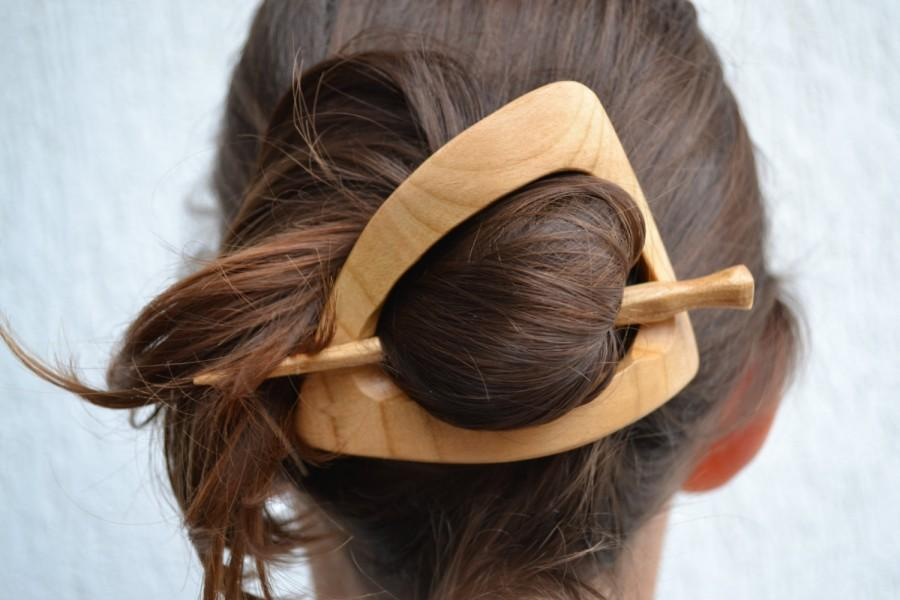Свадьба - hair stick gift for women Wood Triangle Hair Pin gift for her, Hair Barrette, Geometric Hair Clip Slide wood Shawl Pin Haarstab gift for mom