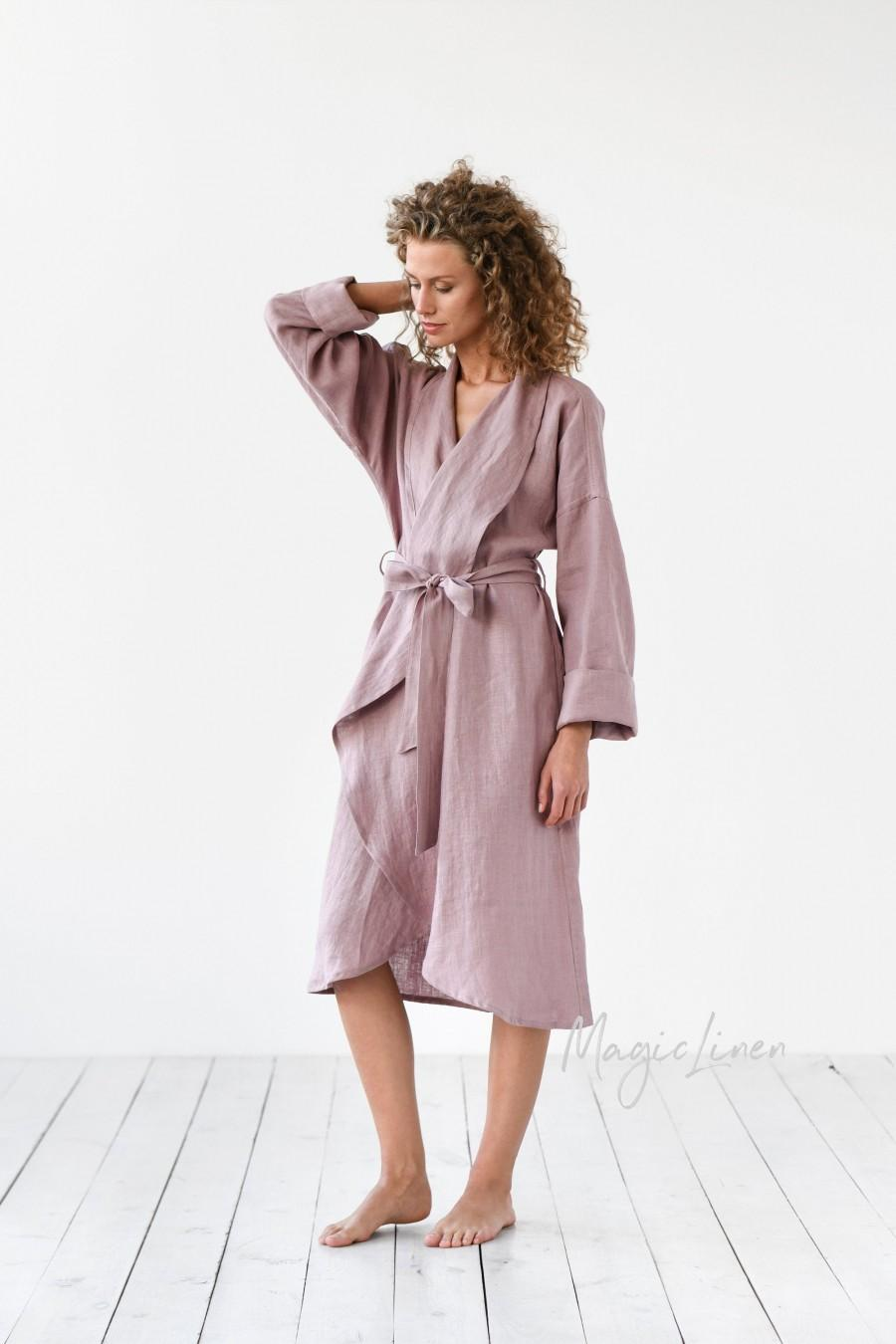 Свадьба - Linen bath robe in various colors. Dressing gown. Perfect gift for woman.
