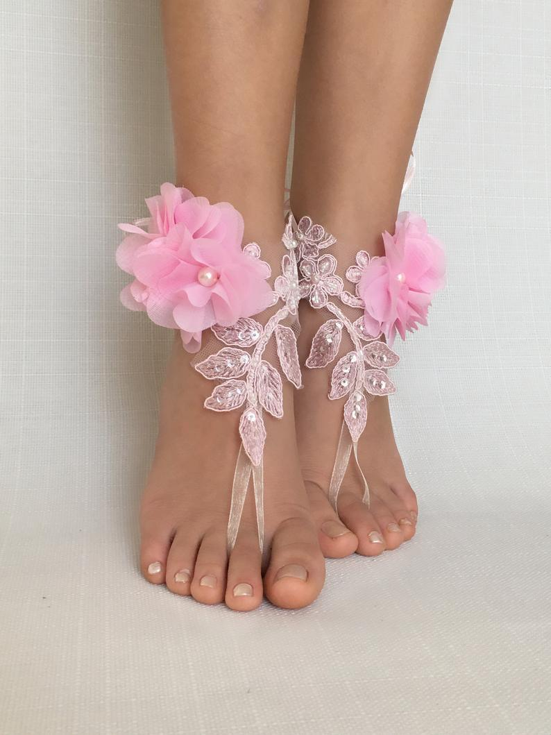 زفاف - Beach wedding flower girl barefoot sandala Beach wedding barefoot sandals blush flowers wedding shoes beach shoes bride bridesmaids gift