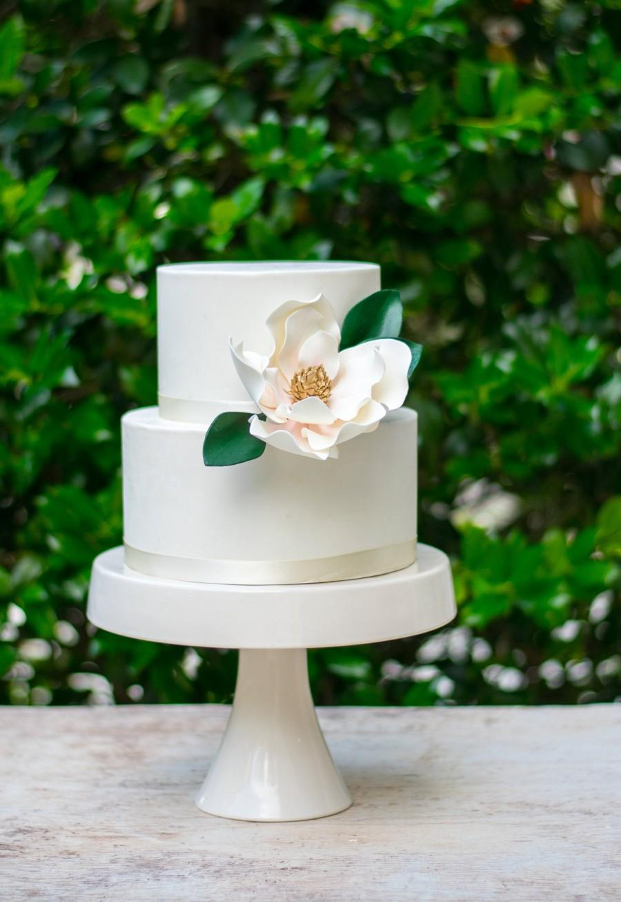 Hochzeit - Magnolia Sugar Flower with Blush Details and Gold Center - Unique Wedding Cake Topper and Gumpaste Decorations