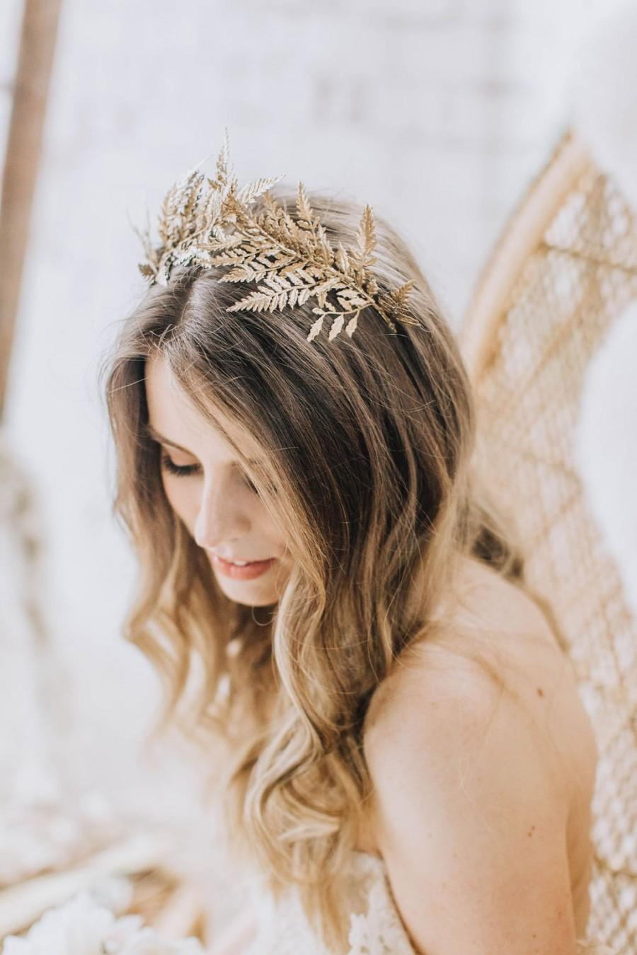 Mariage - Gold flower crown, gold tiara, goddess crown, gilded headpiece, whimsical wedding crown, golden hair accessory, boho bridal headpiece