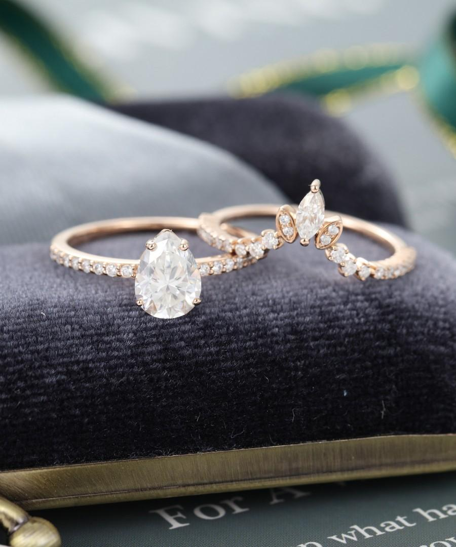 Pear Shaped Moissanite Engagement Ring Set Vintage Engagement Ring