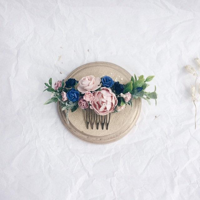 Hochzeit - Blush pink and navy blue head piece, Bridesmaids hair pieces blush and greenery headpiece, floral hair piece, pale pink hair clip, bridal