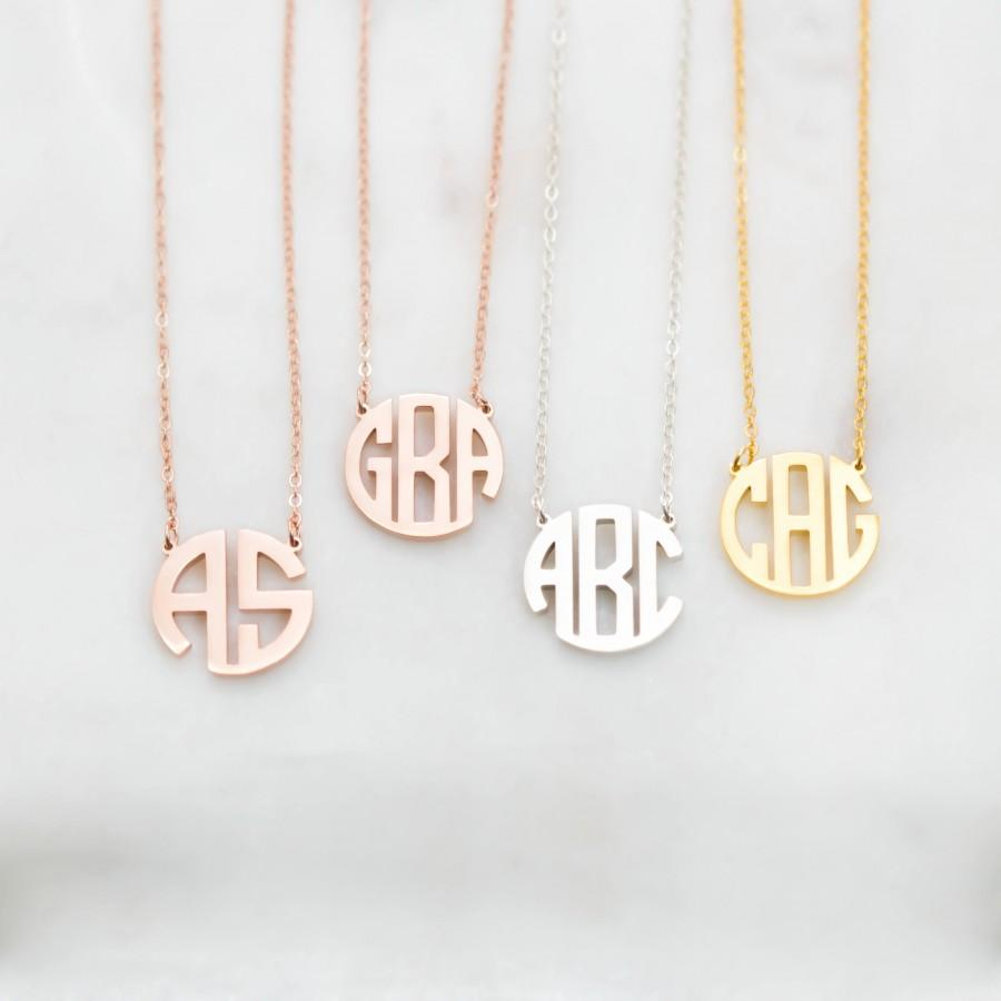 Hochzeit - MOTHERS GIFT • Dainty Monogram Necklace • Custom Block Monogram Initials Necklace • Personalized Name Jewelry • Bridesmaids Gifts • NH09