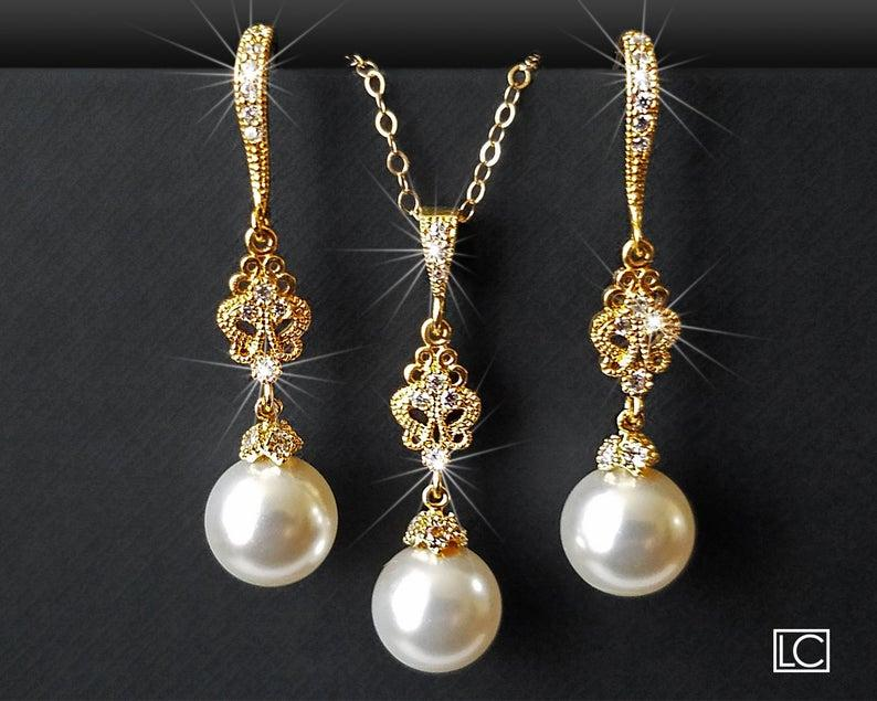 Свадьба - Pearl Gold Bridal Jewelry Set, Swarovski White Pearl Earrings&Necklace Set, Wedding Jewelry, Bridal Jewelry, Chandelier Earrings Pendant Set