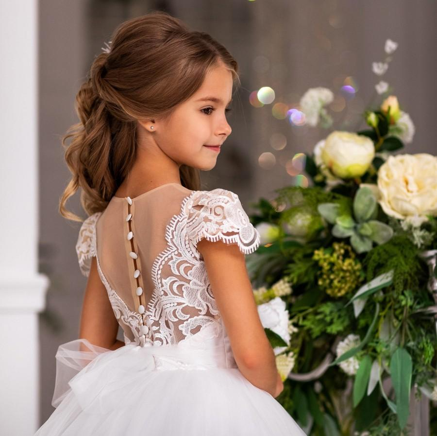 Свадьба - white tulle flower girl dress - wedding baby dress - festive girl dress - birthday dress -pageant dress -  first communion dress