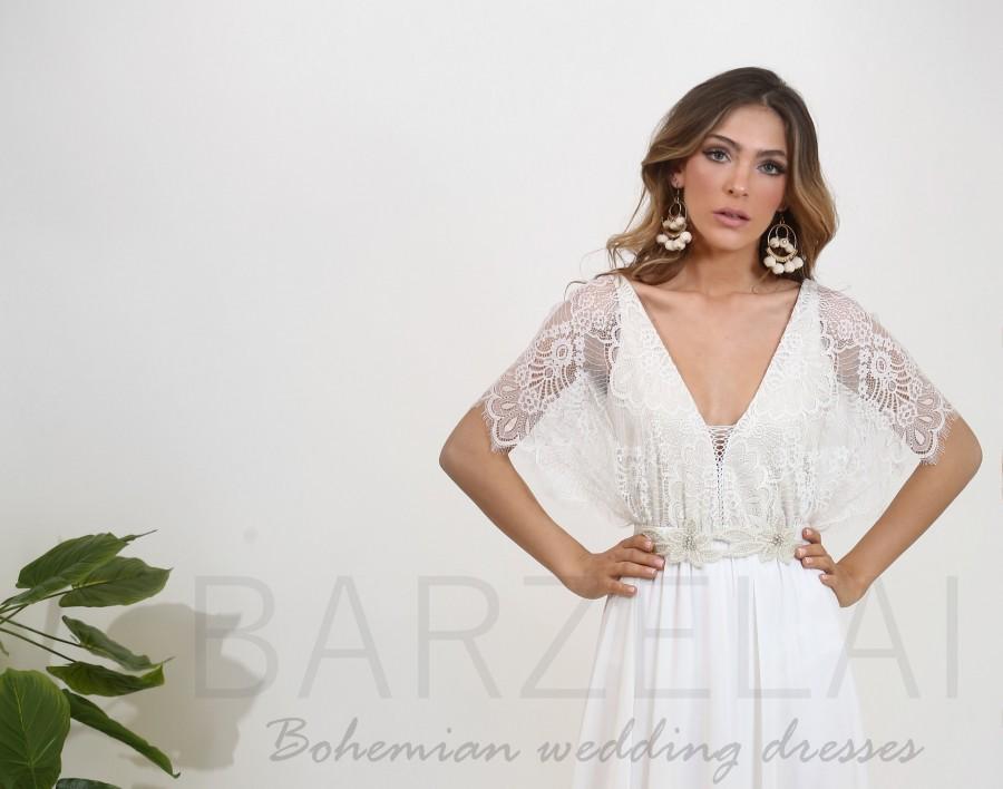 Свадьба - Lace wedding dress with kimono sleeves, low back wedding dress, boho wedding dress, lace top wedding dress with an open back and maxi skirt