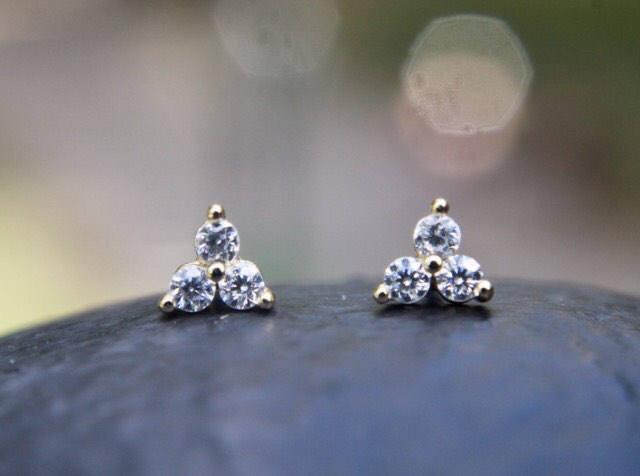 Hochzeit - Triple Stone Earrings / Flower Earrings, Small Petal Earrings / Dainty Stud Earrings, Bridesmaid Gift / Gift For Her / Triple Dot Earrings