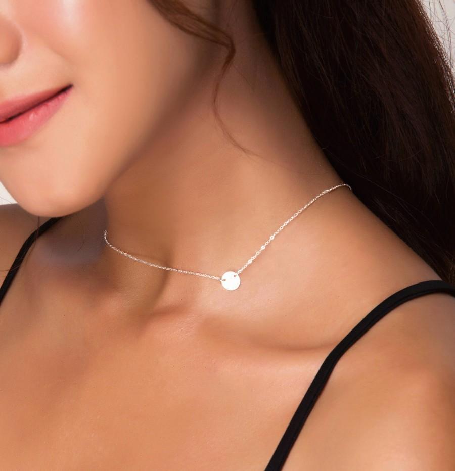 زفاف - Sideways Tiny Circle Choker Necklace, Personalized Silver Initial Pendant Jewelry, Gold Monogram Necklace, Rose Gold Disc Choker