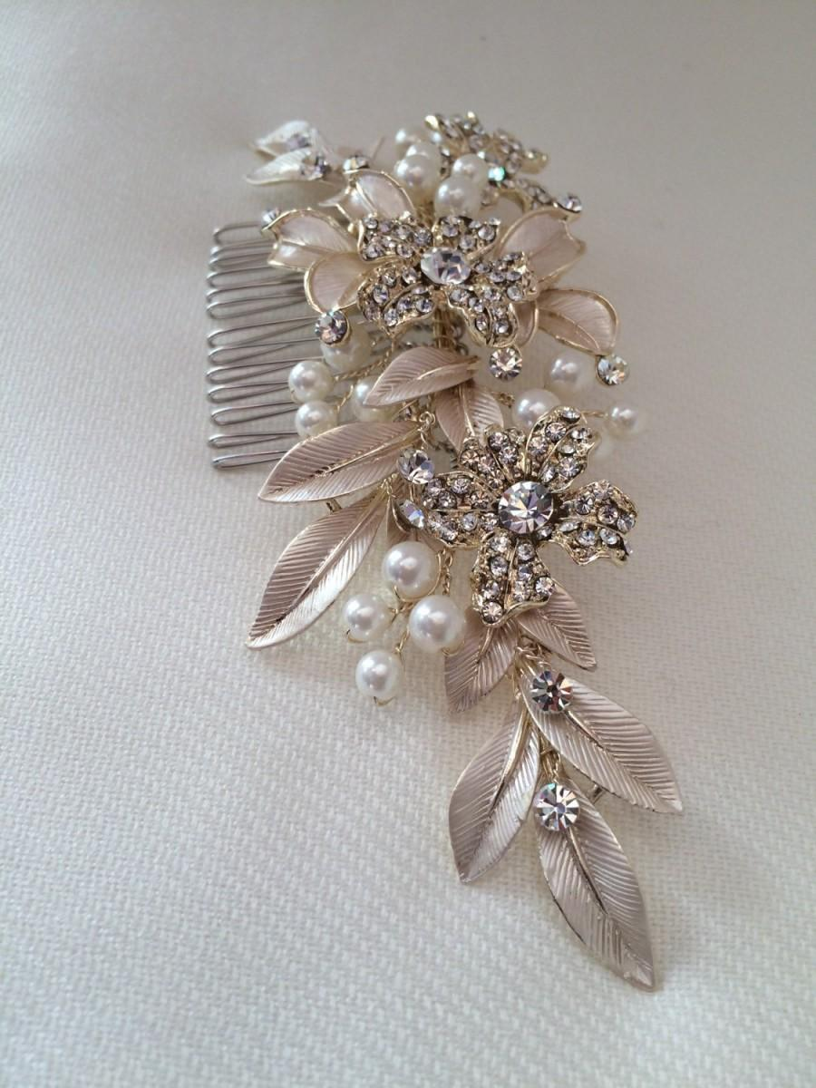 Mariage - Champagne Bridal Hairpiece, Romantic Wedding Hair Spray, Boho Bridal Haircomb, Fig Leaf Vine Hairpiece
