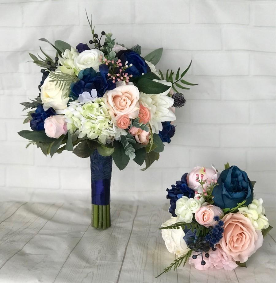 Hochzeit - Navy Wedding bouquet,Blush Bridal bouquet,Navy blue & blush bouquet,Navy wedding flowers,Blush wedding flowers,Wedding accessory,Bridesmaid