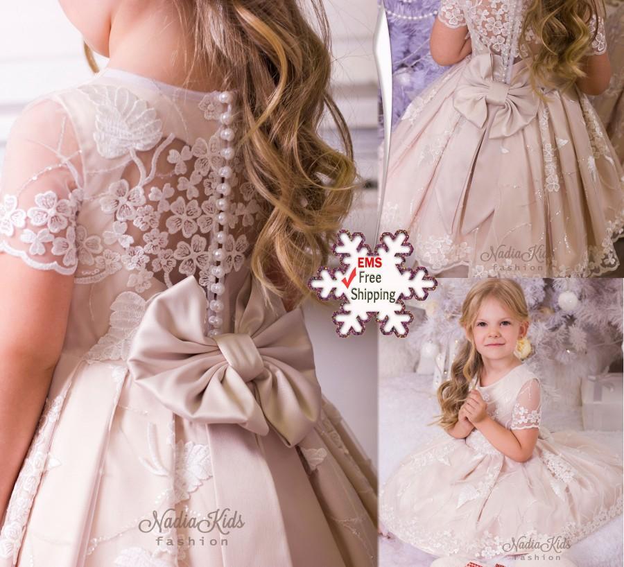 Hochzeit - Ivory flower girl dress Lace flower girl dress Blush flower girl dress Girls birthday dress Elegant flower girl dress Girls couture dress