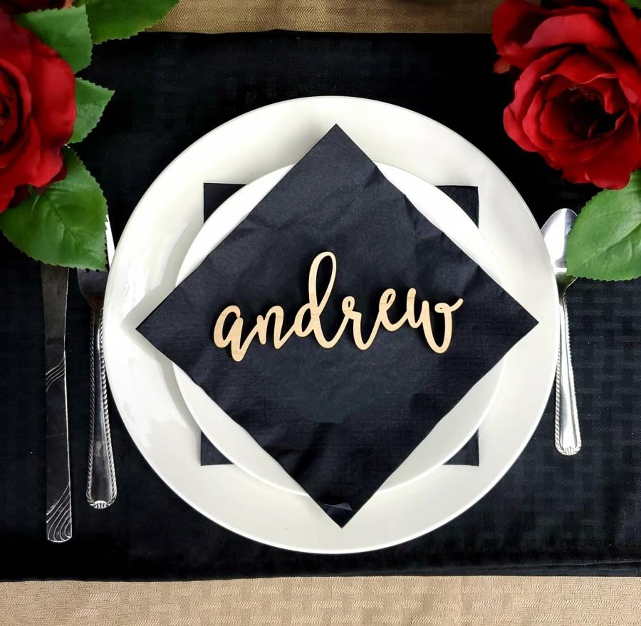 Mariage - Name Place Cards. Wedding Name Place Plates. Wooden Table Names. SMALL name sign. Wedding Name Cards for table settings. Wedding table names