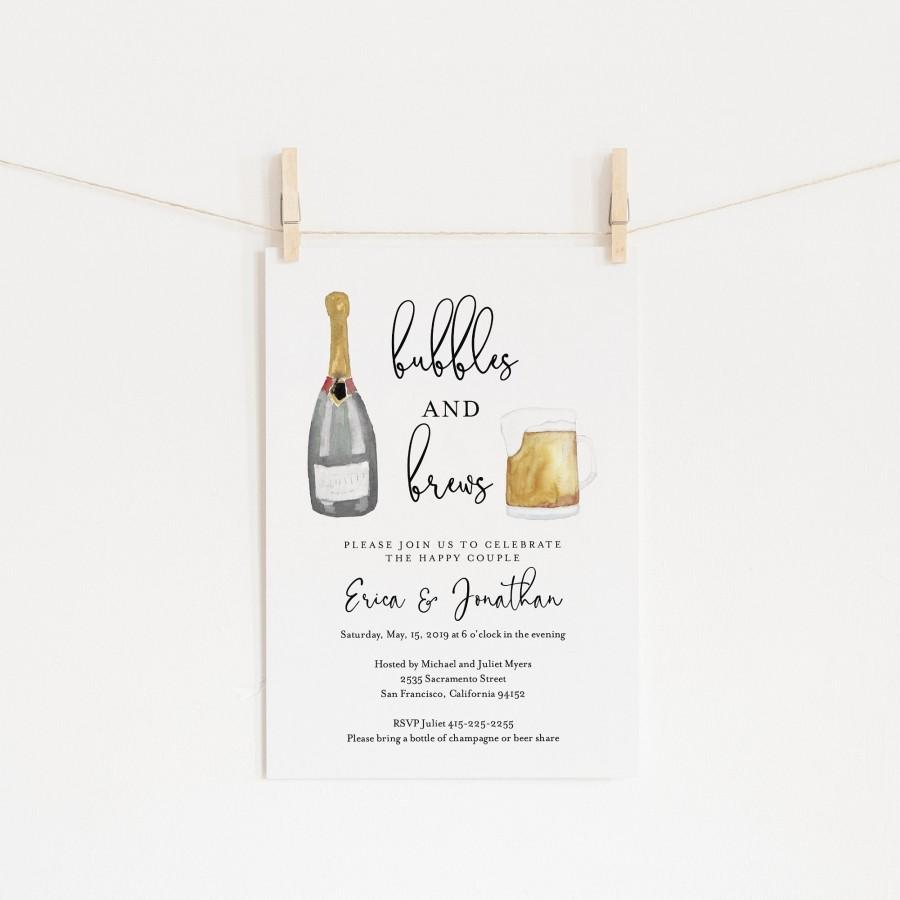 Mariage - Bubbles and Brews Couples Shower Invitation