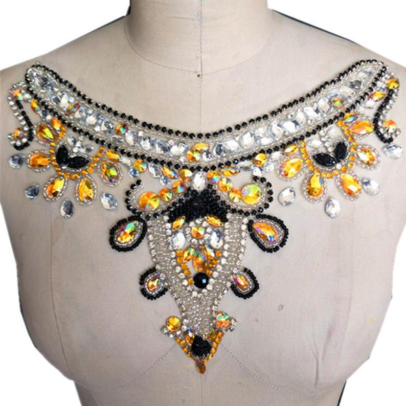 Mariage - Vintage Rhinestone Neckline Trim Beaded Collar Applique Beading Patch Sewing Appliques for Formal Party Dress,Costumes Decoration