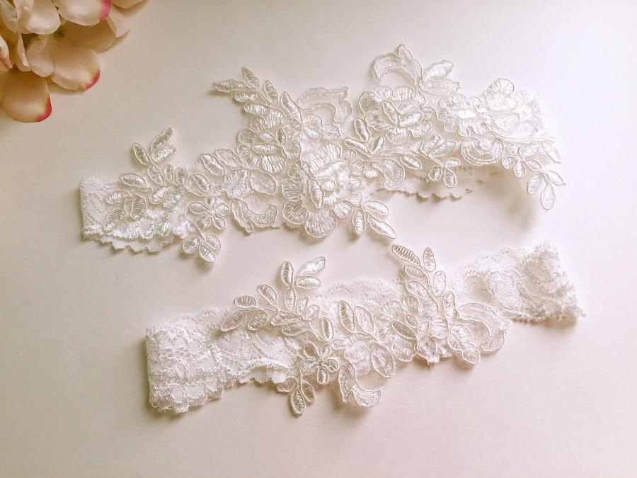 Hochzeit - Wedding Garter , Tossing Garter,Keepsake Garter,bridal garter, off white lace garter-W04#