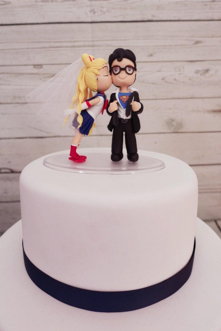 Hochzeit - Superman and Sailor Moon Wedding Cake Topper Figurine
