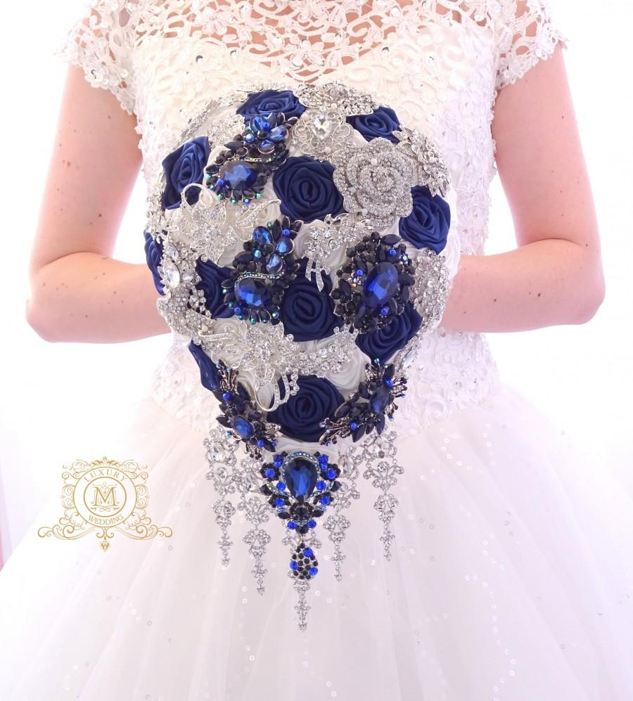 Mariage - Navy blue Silver Teardrop , cascading BROOCH BOUQUET  ivory or white color, silver jeweled with crystals , alternative bridal broach boquet