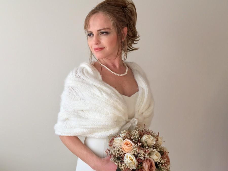 Mariage - Wedding Shawl, Bridal Wrap, Bridesmaid bolero, Winter wedding, Bridesmaid shrug, Bridal gift, Bride coverup, mohair stole, fuzzy cape