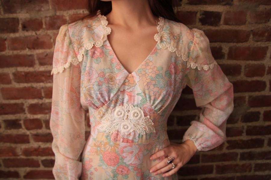 Свадьба - SOFT KISS - Dreamy 1970s Semi Sheer Hippie Wedding Dress Lace Ruffles Maxi Gown Small