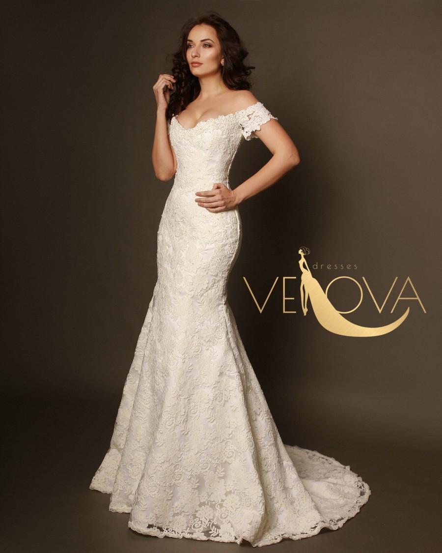 Свадьба - Mermaid Lace Wedding Dress, Sexy Wedding Dress, Romantic Wedding Dress, Off Shoulder Wedding Dress, Open Back Wedding Dress