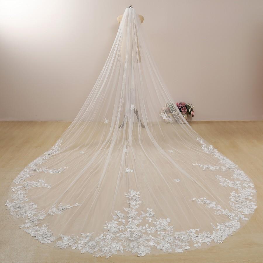 زفاف - Floral Cathedral Veil with Lace Wedding Veil with Crystal Beaded Veil Embroidered Flower Veil Ivory/White Long Veil with Sparkle Regal Veil