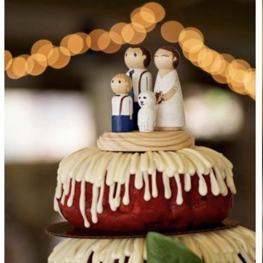Mariage - Custom wedding family cake topper, Wedding Cake Topper, Blended family wedding, Peg Doll cake topper, custom cake topper, cake topper people